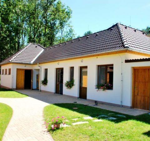 kocieu-projects-zahranna-stanice-makov3